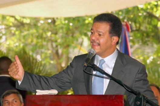 Latinoamérica necesita nuevo paradigma económico dice Fernández
