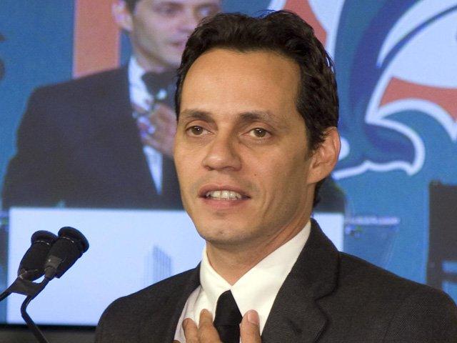 Marc Anthony promete su apoyo a grupo de niños puertorriqueños maltratados