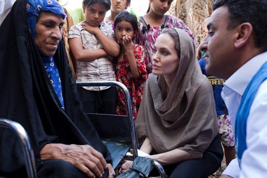 Angeline Jolie, operada de una doble mastectomía preventiva de cáncer