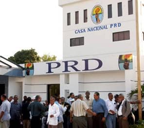 Juramentan nuevas autoridades del PRD; modifican estatutos para elecciones 2016