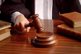 Condenan teniente y cabo de la PN acusados de dar muerte a un hombre y herir a dos mujeres