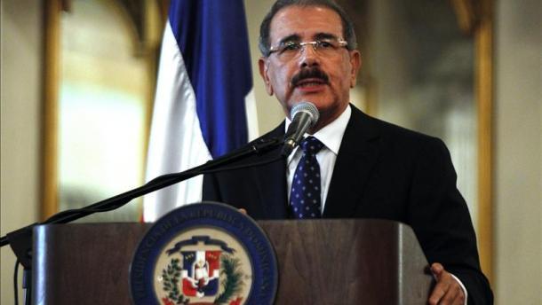 Presidente Medina dice que únicos colores que tomará en cuenta son los de la bandera; llama a la unidad