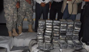 El Guardacostas descargó 2,035 libras de la cocaína en Puerto Rico