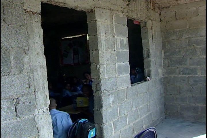 Residentes en Sabana Perdida reclaman la construcción de escuela