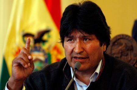 Evo Morales destaca legado de Chávez y rechaza injerencias en Venezuela
