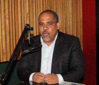 """Economista dice presidente Medina encuentra situación fiscal """"muy deteriorada"""""""