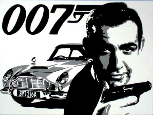 James Bond llega a los 50 sin achaques