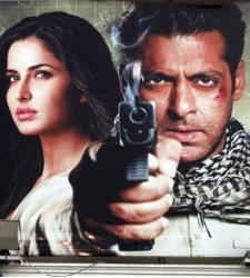 Bollywood busca una suerte de James Bond indio