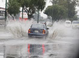 Seguirán las lluvias este domingo por vaguada y viento del sureste, informa Meteorología