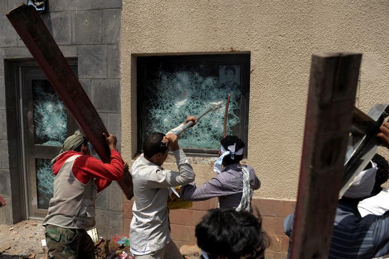 AQMI anima a los musulmanes a aumentar los ataques contra legaciones de EE.UU.