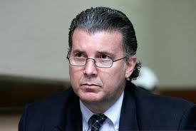 Juez se inhibe de conocer cambio de prisión al exbanquero Pedro Castillo