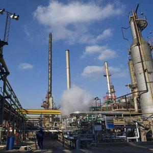 El petróleo de Texas baja el 1.03 % y cierra en 91.93 dólares por barril