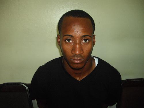 Policía apresa hombre se encontraba prófugo por asesinato de comerciante