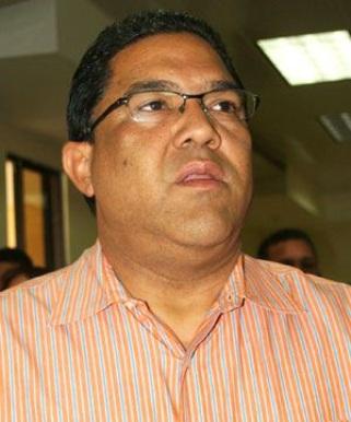 Tribunal emite orden de captura contra diputado Ramón Antonio Fernández