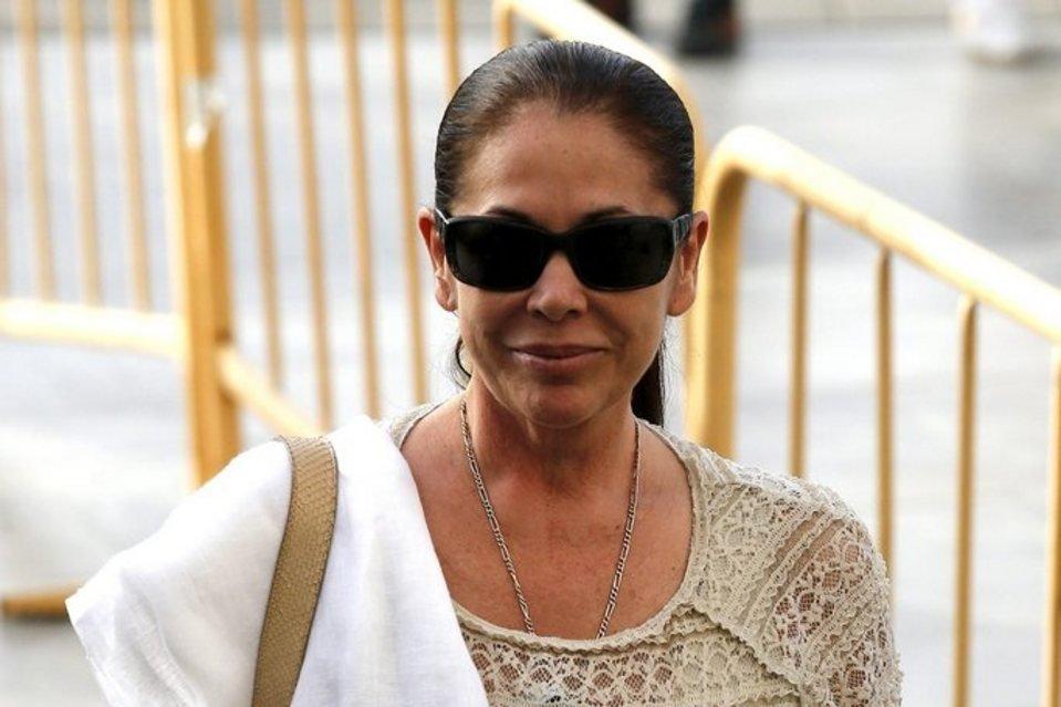 Isabel Pantoja condenada a 2 años de prisión por blanqueo de capitales
