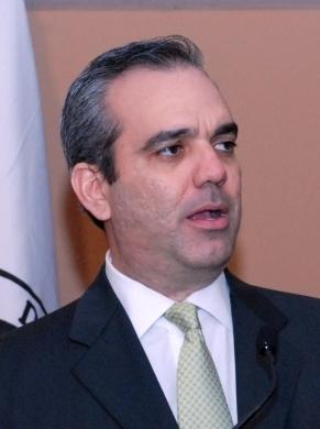 Luis Abinader dice actual lucha es entre los que quieren el PRD de Leonel y el PRD de Peña Gómez