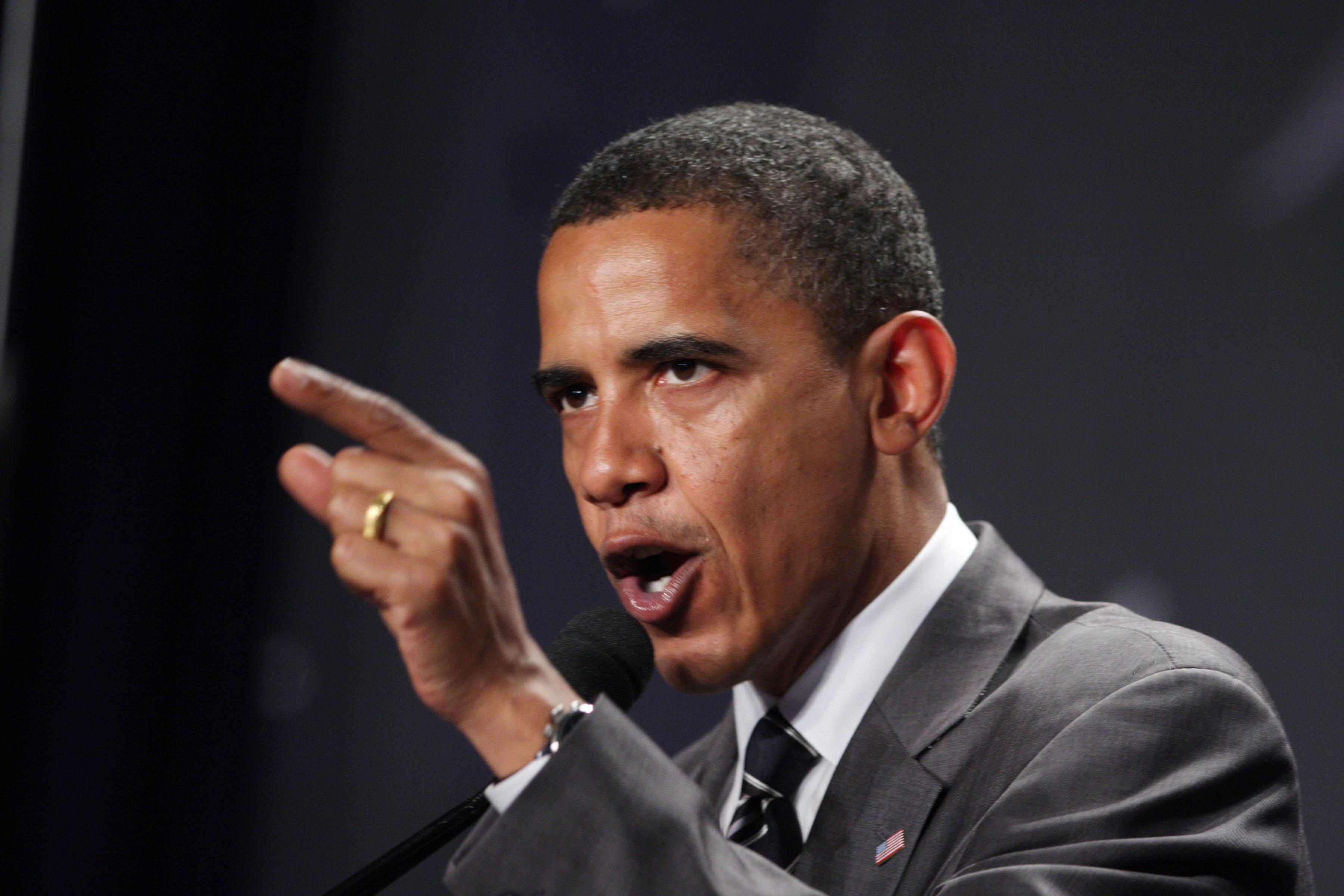 """Obama será """"agresivo"""" en su segundo debate con Romney, según sus asesores"""