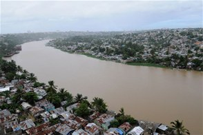 Presentan a Medina proyecto para solucionar contaminación en río Ozama