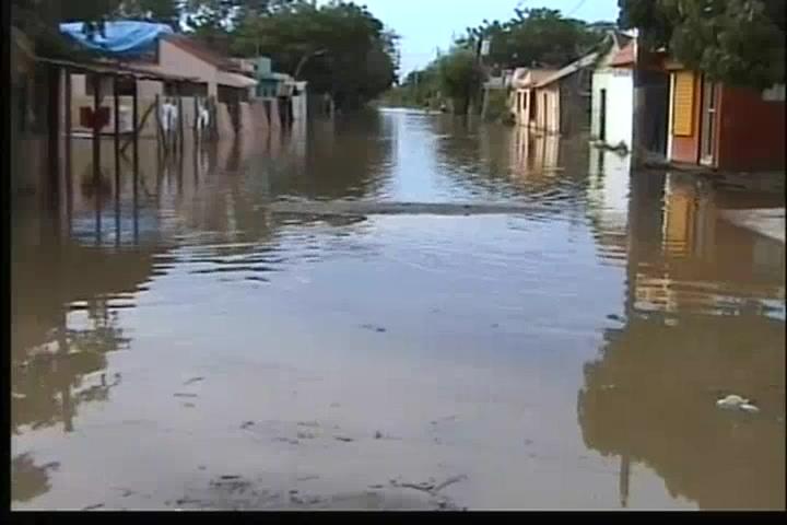 Aguaceros causan inundaciones en Dajabón y Montecristi