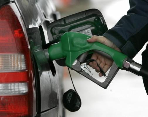 Combustibles bajarán hasta RD$2.00 por galón
