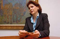 Elena Viyella afirma Consejo Nacional de Educación debe reestructurarse