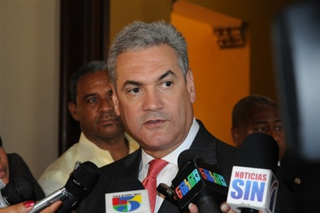 Gonzalo Castillo revela hay varios empleados de Obras Públicas sometidos a la justicia