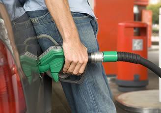 Combustibles bajarán entre RD$1.90 y RD$4.10, pero el GLP y el natural se mantienen igual