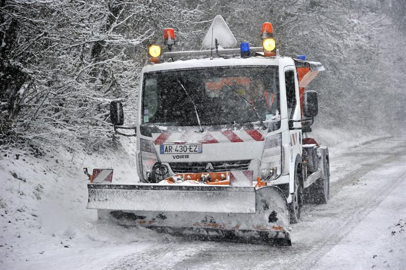 El frío y las fuertes nevadas dejan 18 muertos en Polonia