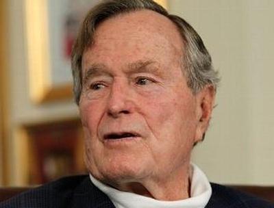 Expresidente George H.W. Bush mejora pero continuará hospitalizado