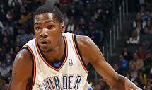 Pierden Thunder y Raptors; brilla Durant; marca histórica de Lakers