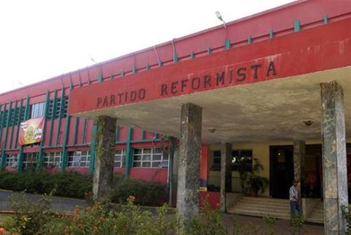 PRSC pide Danilo Medina retire observaciones al Código Penal