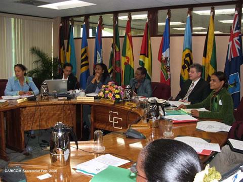 Caricom trata de consensuar estrategia sobre regulación de marihuana