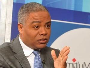 Francisco Fernández asegura será el candidato PRD a alcaldía de SDN