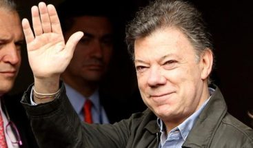 Santos afirma que su victoria es el fin de 50 años de violencia