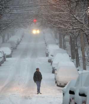 Temporal cubre de nieve noreste de EEUU y deja más de 1.300 vuelos cancelados
