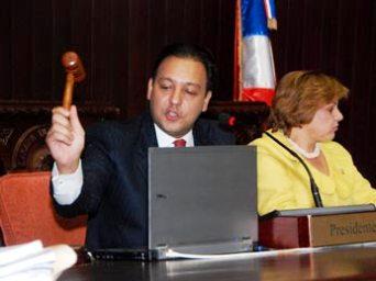 Oposición considera no aprobaron iniciativas importantes en gestión Abel Martínez
