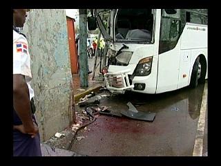Muere hombre en accidente de tránsito
