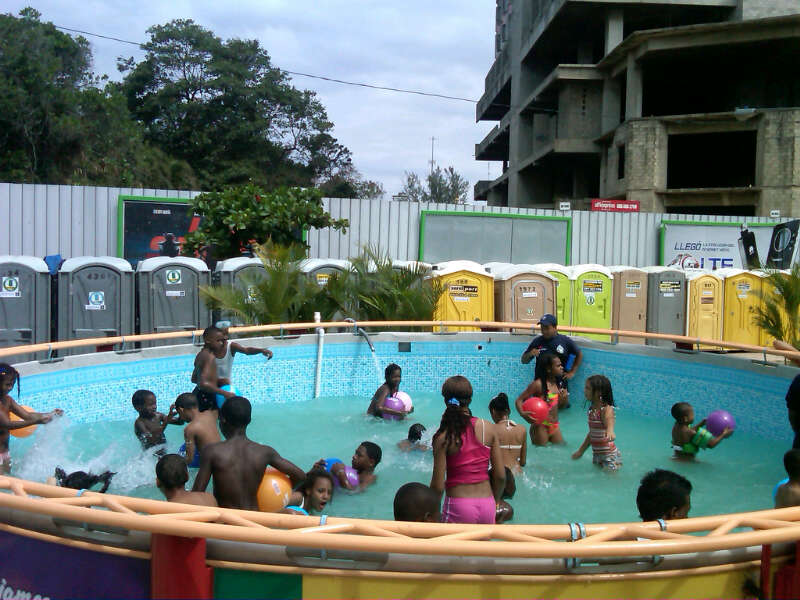 Miles de visitantes continúan asistiendo a Güibia