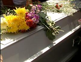 Sepultan restos de dos jóvenes murieron en accidente de tránsito en Boca Chica