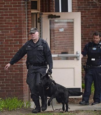 Paraliza ciudad persecución de sospechoso de atentados de Boston