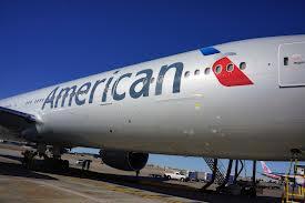 American Airlines restablece su sistema pero prevé más cancelaciones