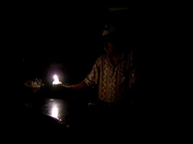 A oscuras están los barrios del DN; CDEEE promete enfrentar crisis