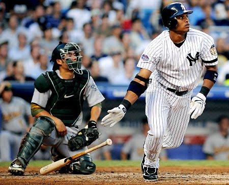 Canó y Santana los dominicanos más destacados del lunes en MLB