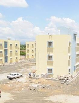 Autoridades requisan Centros Corrección y Rehabilitación Moca y Rafey