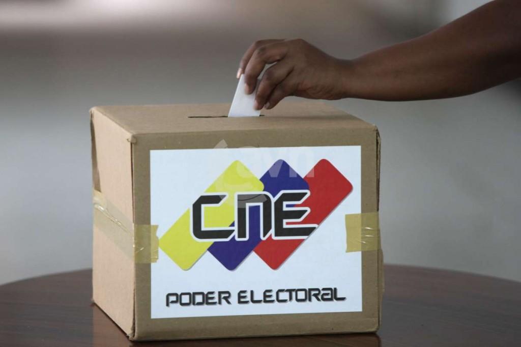 Ministro Petróleo dice comicios venezolanos influyen en estabilidad