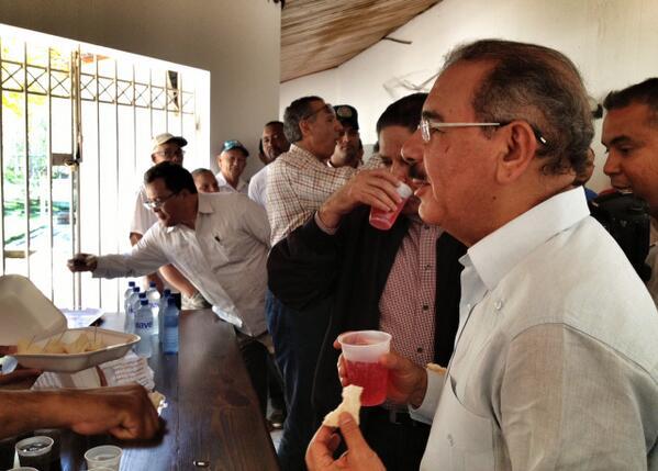 Presidente Medina visita sorpresivamente Santiago Rodríguez