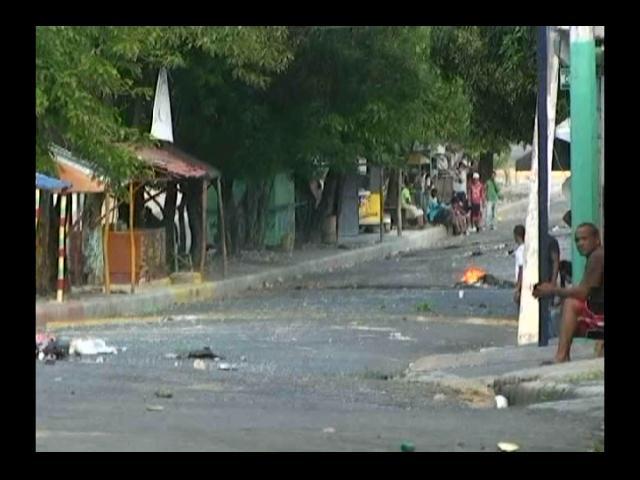 Tres personas heridas en las protestas en Santiago