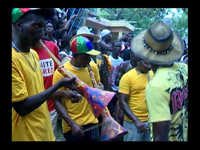 Bailadores de Gagá seguirán con sus fiestas; PN informa ocupa armas