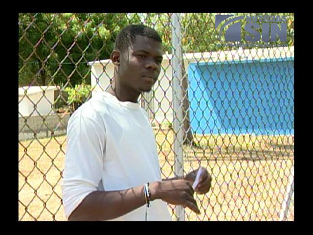 Jóvenes haitianos denuncian apresamiento mientras trabajaban
