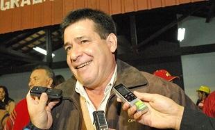 Primeros resultados parciales muestran ventaja de Cartes en Paraguay